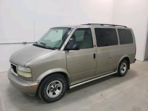 2002 GMC Safari Van