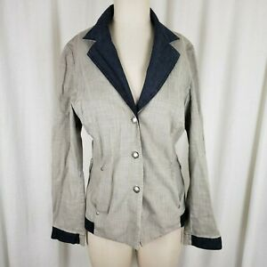 giacca donna a righe su manichino