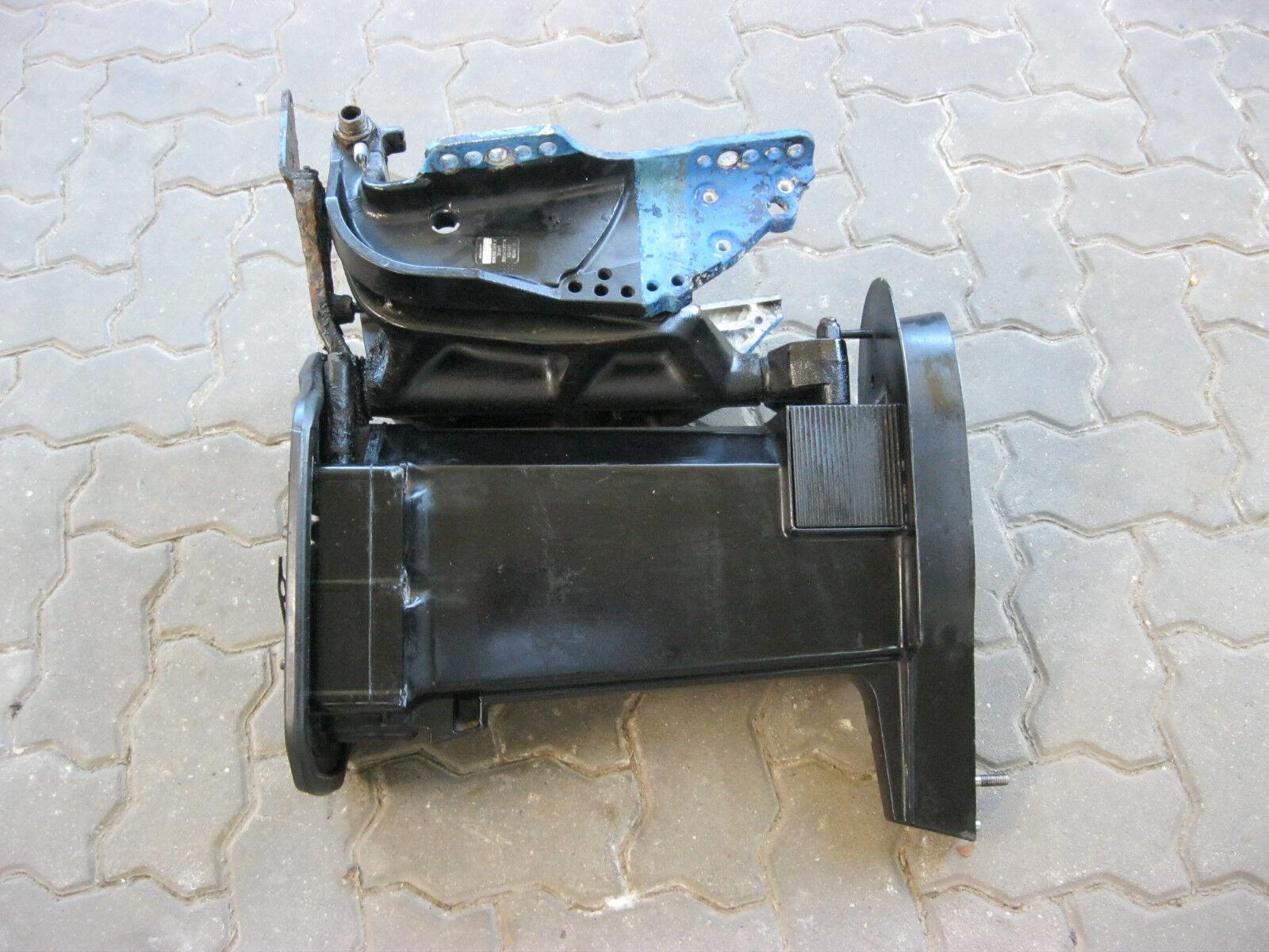 Schaftgehäuse Motorhalterung Klemmbügel  für Außenbord Motor Mercury 60 PS