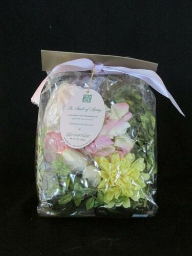 """Aromatique /""""Sell of Spring/"""" 9oz."""