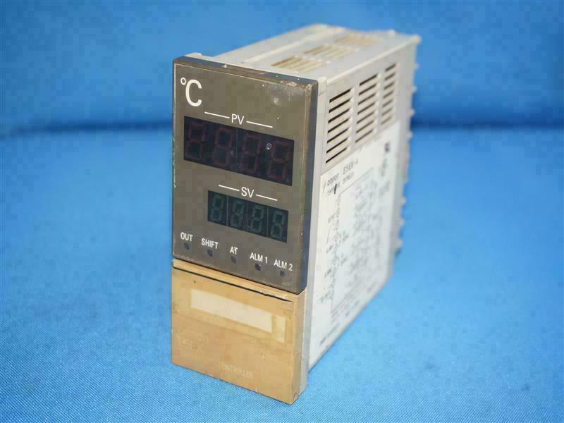 WOW ! Omron E5EX-A Digital Display Temperature Controller 240VAC 50//60Hz Deg C