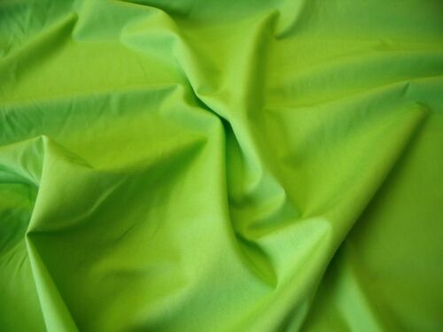 LIME GREEN FASHION//CRAFT FABRIC-FREE P/&P 100/% COTTON