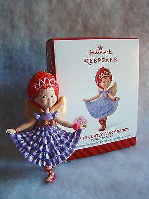"New HALLMARK Fancy Nancy Wears a Lavender Dress Time to Curtsy 3 1//2/"" Ornament"