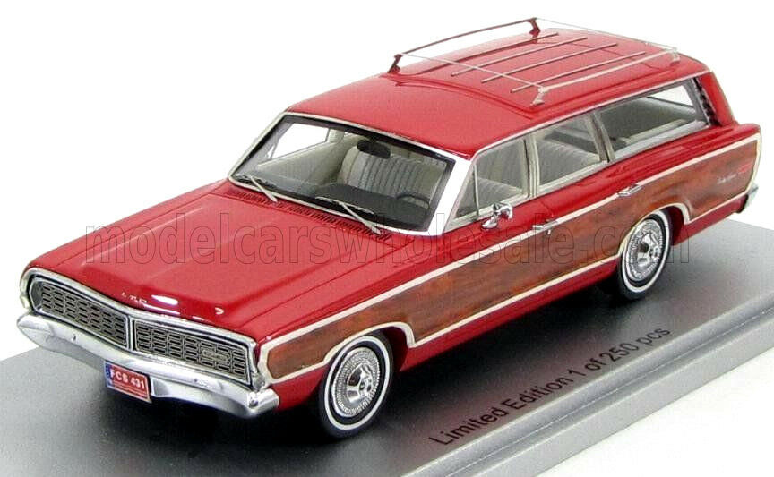 Wonderful KESS-modelcar FORD LTD COUNTRY SQUIRE WAGON 1968 - 1 43 - red wood