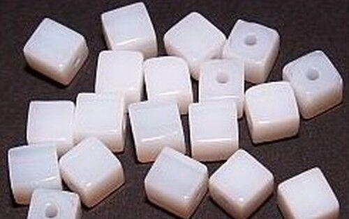 20 Glaswürfel ca 6mm #49 weiß