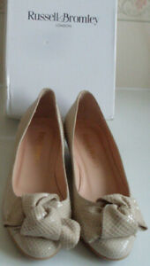 RUSSELL-BROMLEY-Nude-Ballet-Wedge-Heels-Pump-Court-Shoes-Size-EU-36-5-RRP-165