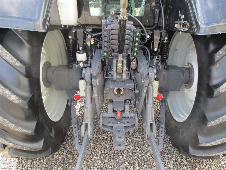 Valtra, T202 Direct frontlift & front PTO, timer 4212