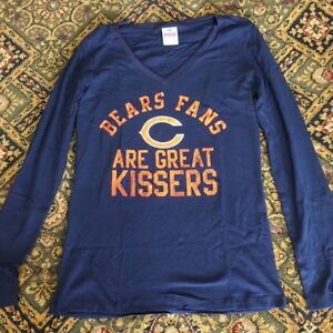66ce1b79c NEW VICTORIA S SECRET PINK NFL CHICAGO BEARS FANS ARE GREAT KISSERS ...