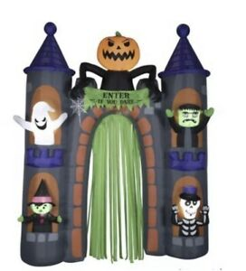 Halloween-Haunted-Airblown-Castle-Archway-9-Ft-Tall-Lights-Up-Gemmy