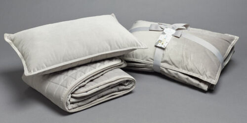 Jiggle /& Giggle Cot Comforter Padded Grey Velvet With Filled Breakfast Cushion