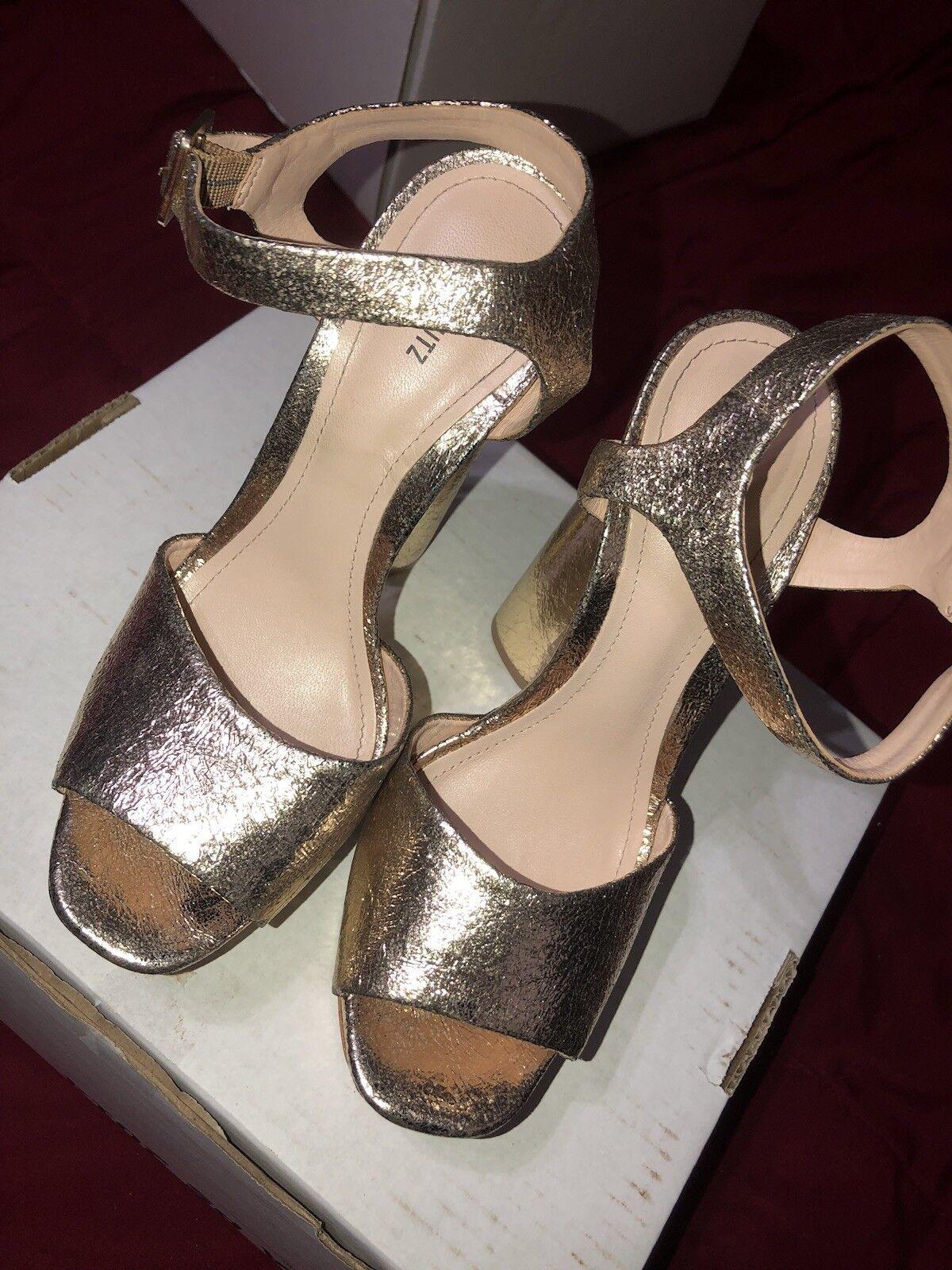 Jane schutz Platform In Platina gold  Size 6.5 open Toe Chunky heel