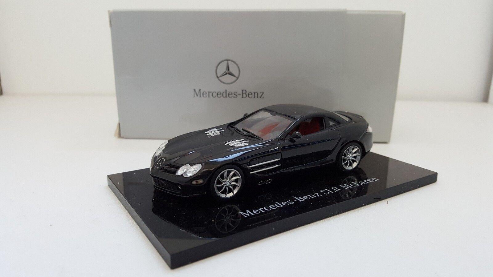 Minichamps - Mercedes-Benz SLR Mc Laren noire (1 43)