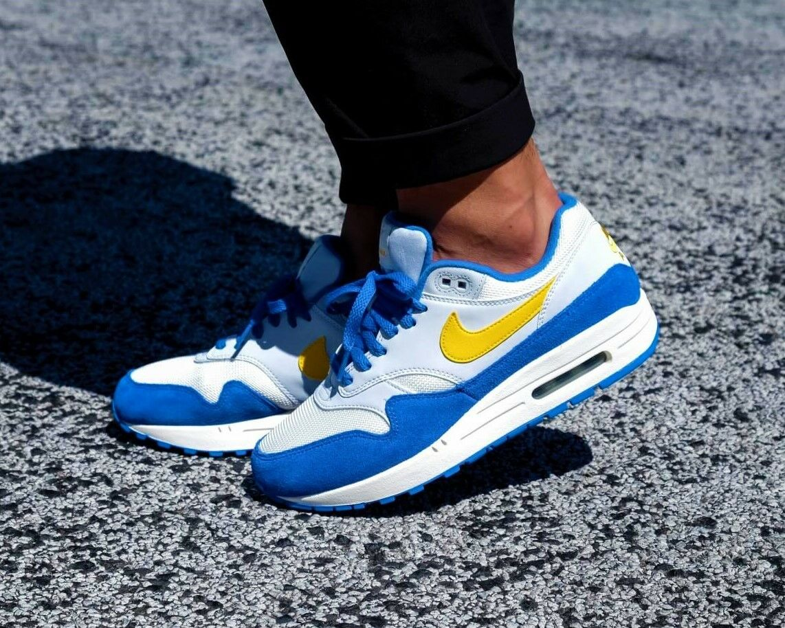 BNWB & Authentic Nike ® Air Max 1 Trainers in Sail   bluee   Yellow UK Size 11