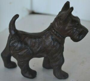 Cast Iron Black /& White Scottie Scottish Terrier Dog Model Figurine