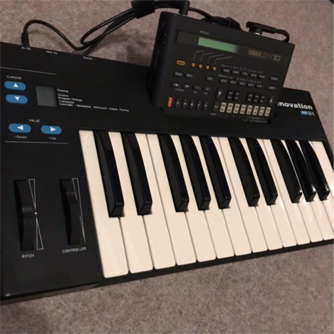 YAMAHA QY10 Music Work Station Set x Novation MM10 MIDI Controller Keyboard F S