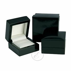 Ring-Box-Wooden-Luxury-Black-High-Gloss-Finished-Ring-Box