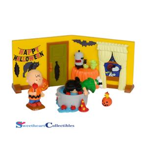 Dept 56 Peanuts Snoopy 4032912 Peanuts Halloween Party Set//4 2014