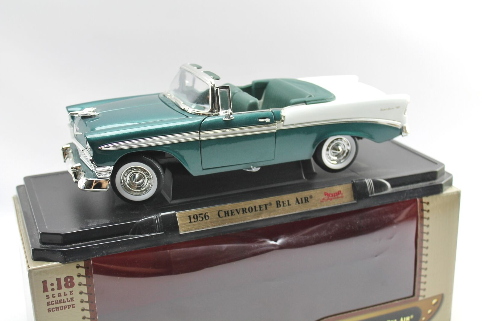 Road Signature 1956 CHEVROLET BEL AIR Leather Series Teal Diecast Yat Ming 1 18