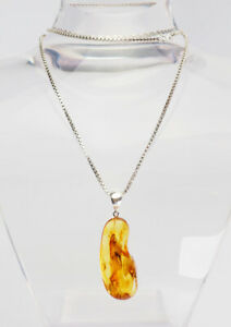 Beautiful-genuine-Baltic-amber-w-fly-fossil-inclusion-sterling-silver-necklace
