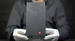 Huawei Mate 30 5G 256GB Unlocked Purple Phone Boxed - 'The Masked Man'