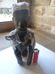 Fumeur-de-pipe-en-bois-Afrique