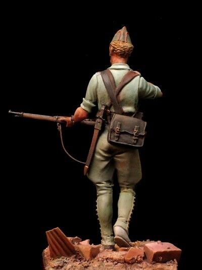 Spanish legionary at Spanish Civil War 54mm 1 32 32 32 Tin Painted Toy Soldier   Art 0266d3