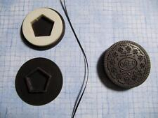 FISHER PRICE FUN FOOD OREO MATCHIN MIDDLES REPLACEMENT COOKIE! SHAPE~PENTAGON