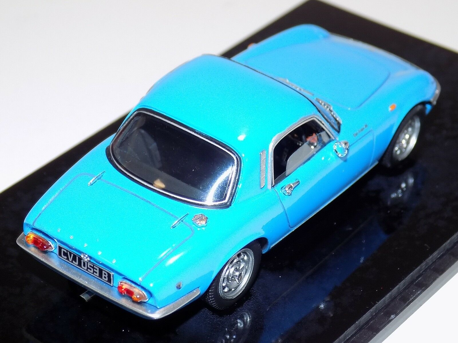 1 43 Spark Street Lotus Elan S3 S3 S3 FHC from 1965 in bluee  S2221 d668f5