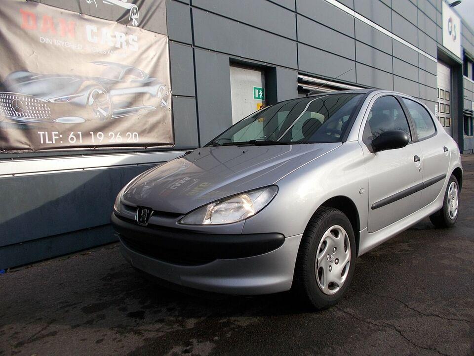 Peugeot 206 1,4 aut. Benzin aut. Automatgear modelår 2000