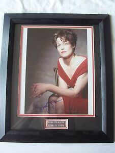 Sigourney-Weaver-Alien-Ghostbusters-signed-and-framed-10-x-8-034-certified