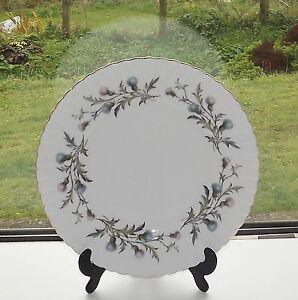 Royal-Albert-Bone-China-England-Brigadoon-Pattern-1-x-Dinner-Plate-26-5cm