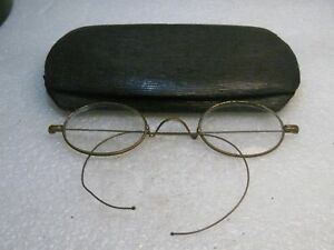 Vintage-Eye-Glasses-Wire-Rim-Early-1900-039-s-in-case-G-F