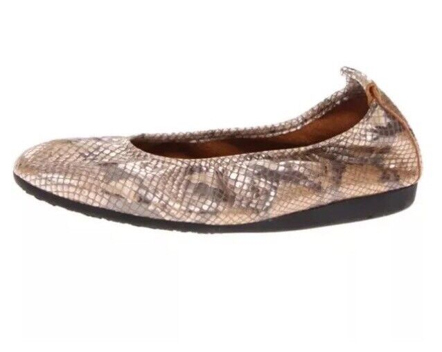 Arche Laius Snake Embossed Slip On Leather Flat Beige Women Sz 37 EUR 5256