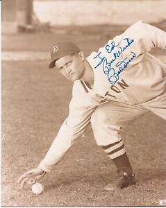 MLB Baseball Bobby Doerr HOF Red Sox autographed signed 8x10 photo