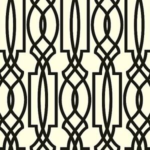 Wallpaper-Designer-Black-on-Off-White-Imperial-Trellis-Geometric-Lattice