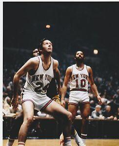 fe5ae776ae4 197O WALT FRAZIER BILL BRADLEY NBA NEW YORK KNICKS ORIGINAL 8 X 10 ...