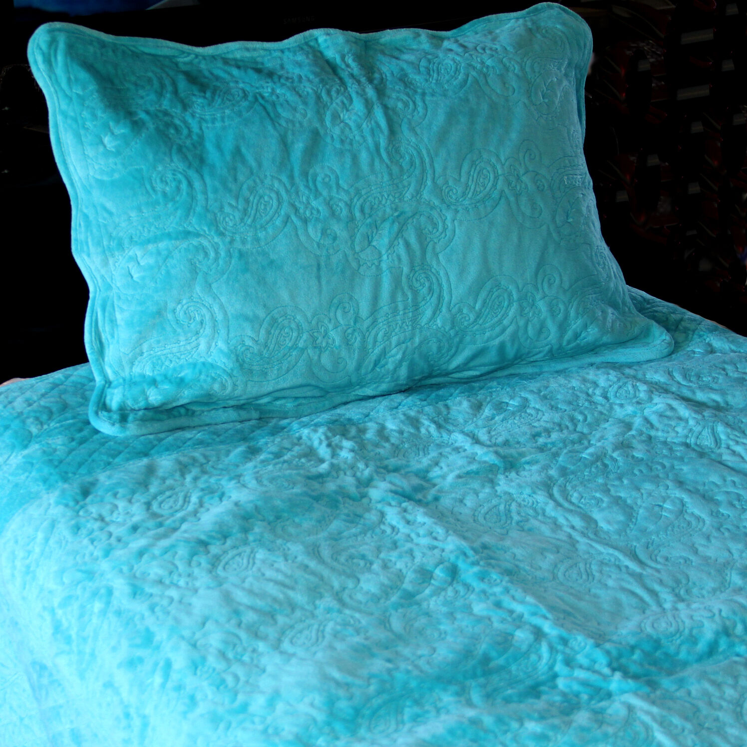 Bedspread Embroiderot Microfiber Quilted Bedspread 3PC Set in Royal Blau Double