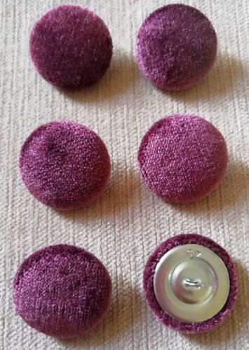 Pink//Red Crushed Velvet 45L//28mm Berry Upholstery Fabric Covered Buttons