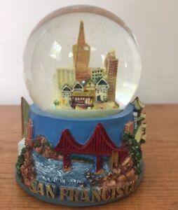 Vtg-San-Francisco-CA-USA-Skyline-Trolley-Glass-Snow-Globe-Water-Dome-Souvenir
