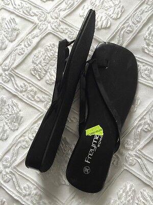 Black Flip Flop Toe puestos tamaño 36. UK 3