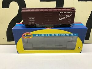 Athearn-Ho-Scale-DL-amp-W-Lackawanna-40-Boxcar-Superior-Door-RD-54337-RTR-New