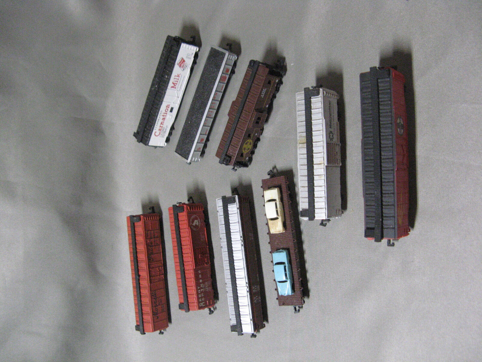 Set of 9 N Scale Trix, Lima, Bachmann, Atlas Freight Box Cars, Flat Car, Caboose