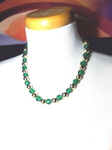 Green-and-Gold-Tone-Lucite-Bead-Vintage-Necklace