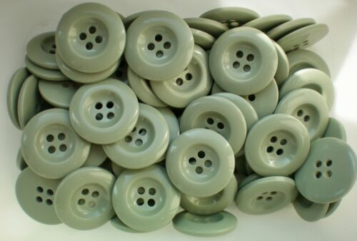 Z127 Large 32mm 50L Light Green Sage Chunky 4 Hole Coat Jacket Quality Buttons