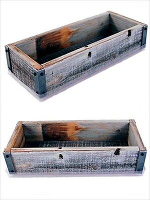 RECLAIMED BARNWOOD GARDEN PLANTER / FLOWER POT - WINDOW BOX RUSTIC BARN WOOD