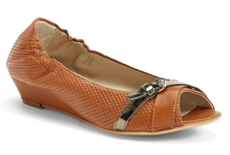 NIB ATTILIO GIUSTI LEOMBRUNI AGL Brandy Perforated Leather Wedge Pump 39/9 Shoes