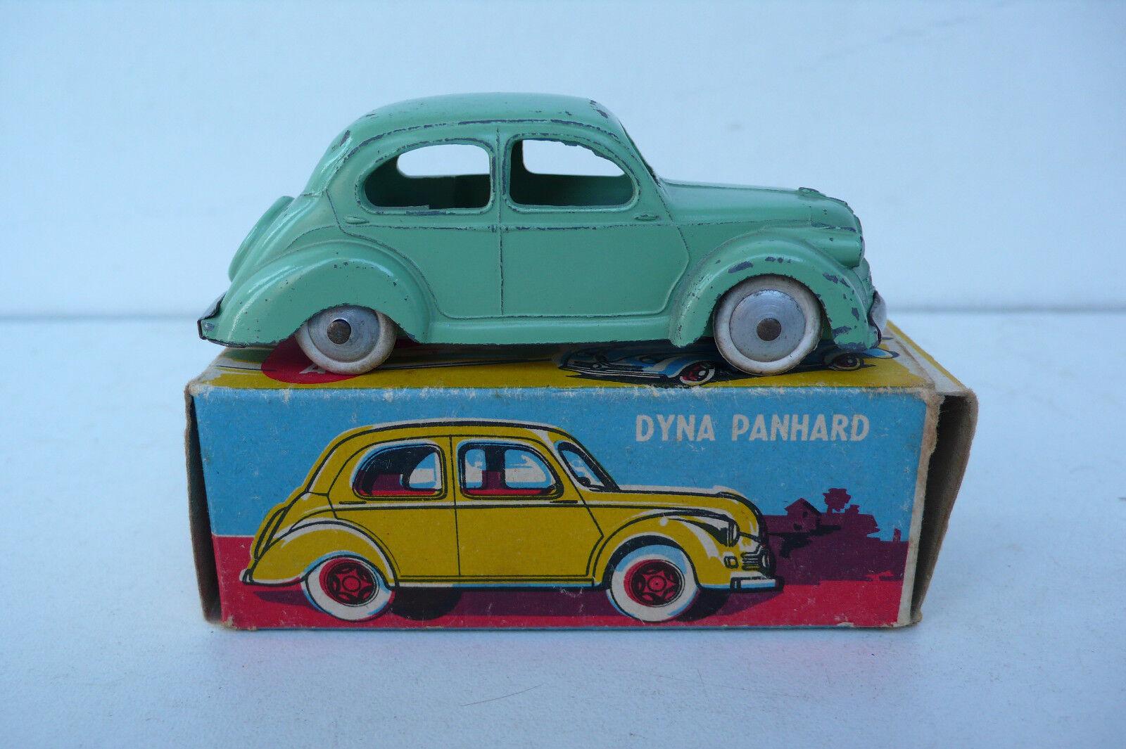 Cij former dyna panhard x 1950  ref 3.47 good Condition original box  bien vendre partout dans le monde