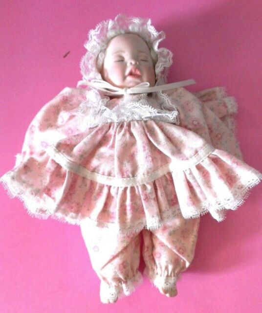 """Phyllis Parkins Small Doll Signed 1993 Baby Girl 7"""" Pink Dress & Bonnet"""