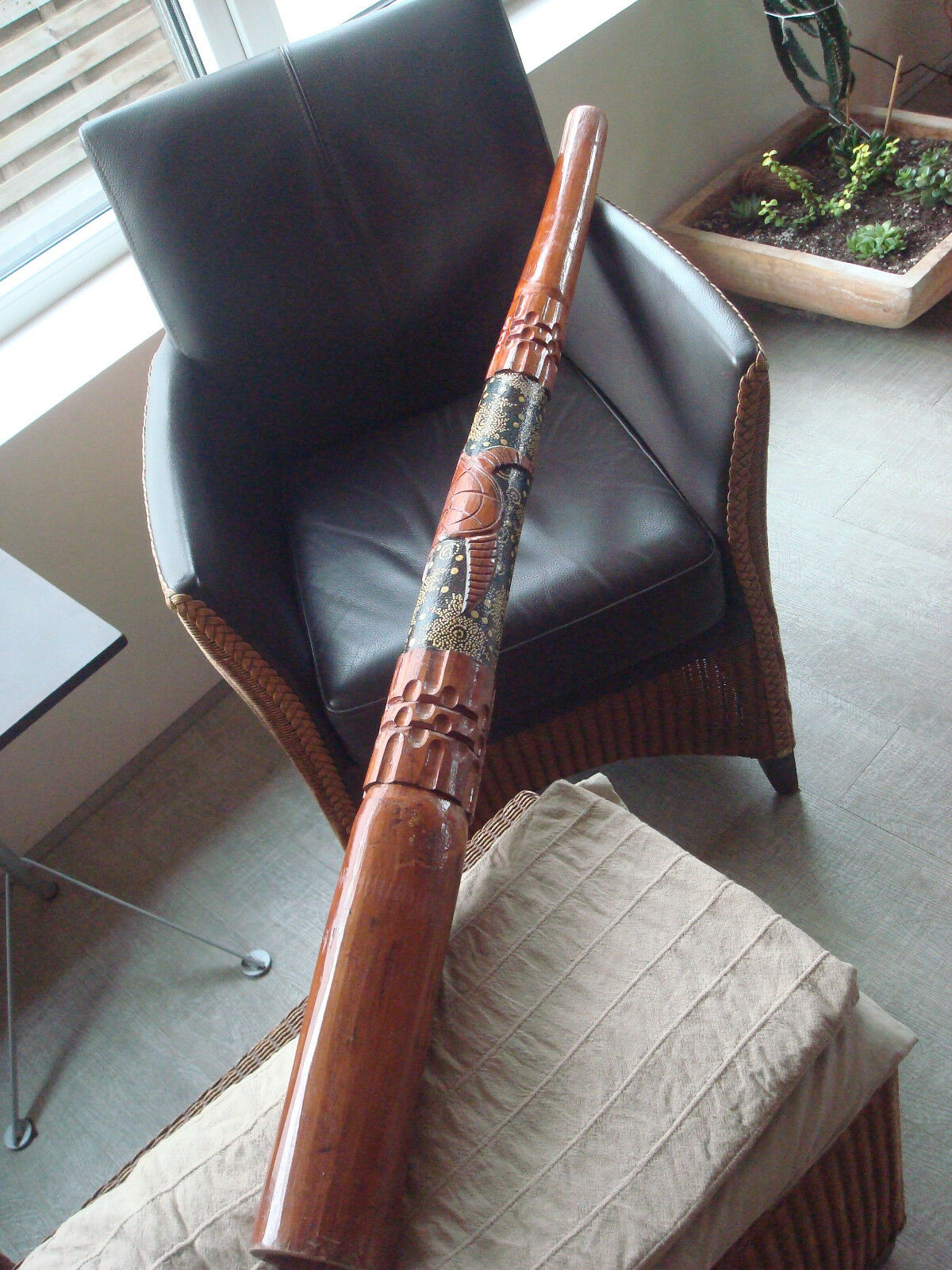 Didgeridoo Kunstvoll geschnitzt und bemalt
