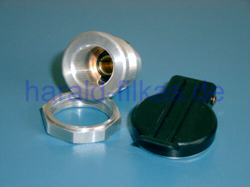 Funk Für Handlampe Kühlbox 6-42V 16A Steckdose 2-polig ISO 4165 Navi etc.